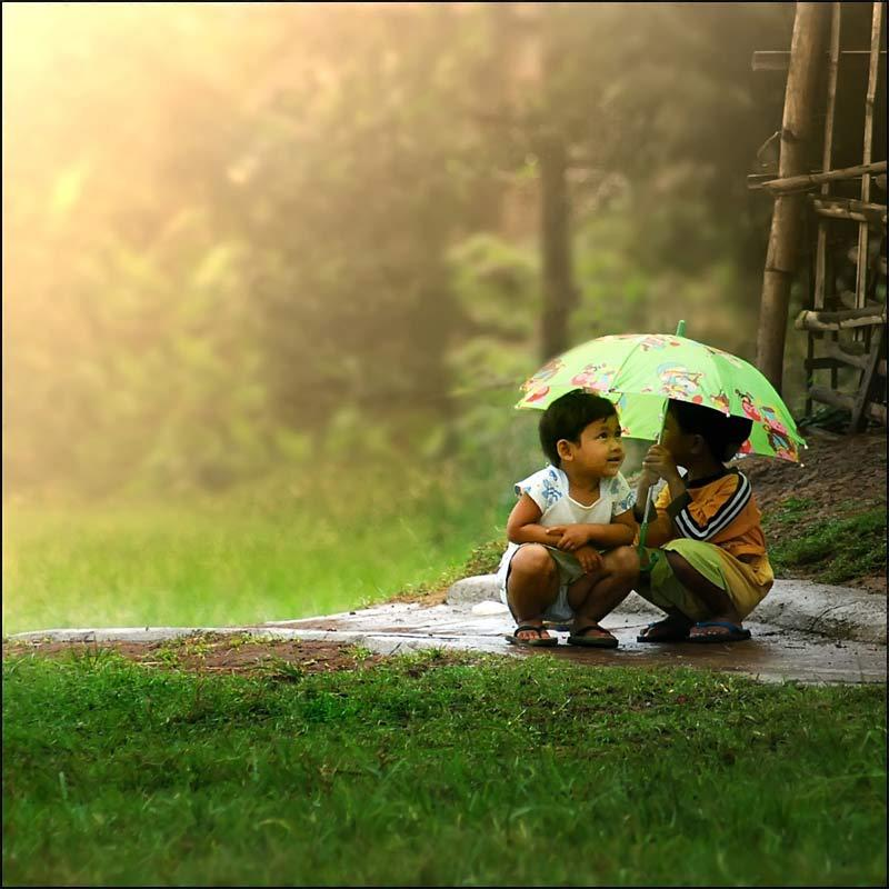 rainy season essay for small children The rainy season or wet season, is the time of a year, where most of the places have rainfall the range of rainfall varies from place to place it is also called as the monsoon season or the green season of the year.